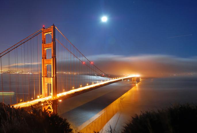 Месяц ночь океан море сша огни вид